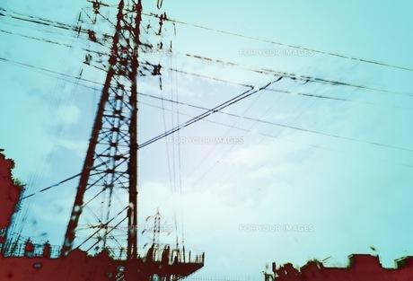 空と電線の素材 [FYI00166601]
