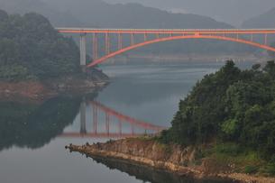 虹の大橋の写真素材 [FYI00167617]