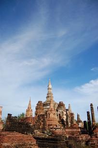 タイ遺跡と空の写真素材 [FYI00168071]