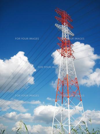 高圧電線塔の素材 [FYI00168210]