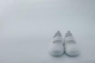 運動靴 小さめの写真素材 [FYI00168393]
