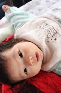生後2ヵ月の赤ちゃんの素材 [FYI00168553]