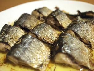 秋刀魚のハーブ焼きの写真素材 [FYI00169059]