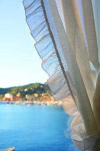 サンタ・マルゲリータ・リグレの窓辺の写真素材 [FYI00169404]