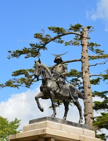伊達政宗騎馬像の写真素材 [FYI00170770]