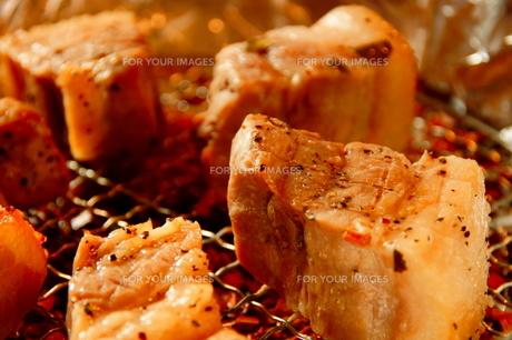 豚肉の燻製の写真素材 [FYI00171421]