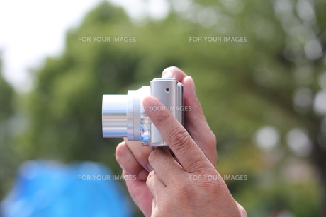 デジタルカメラ撮影の写真素材 [FYI00172425]
