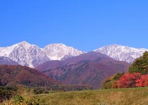 秋の白馬三山の写真素材 [FYI00174024]