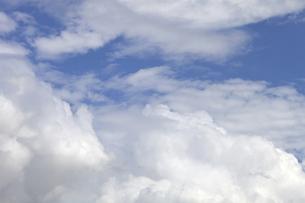 青空と雲の写真素材 [FYI00174866]