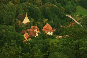 ドイツ ローテンブルク ブルク庭園 タウバー峡谷の写真素材 [FYI00175331]