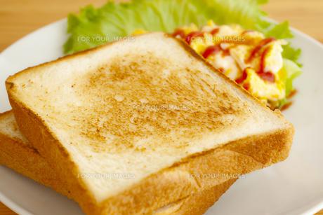 食パンの写真素材 [FYI00175678]