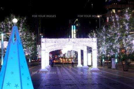 JR博多シティのイルミネーション夜景の素材 [FYI00176048]