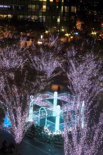 JR博多シティのイルミネーション夜景の写真素材 [FYI00176066]