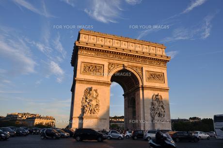 Paris Triumphant Gateの写真素材 [FYI00176733]