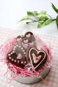 ハートのクッキーピンクの写真素材 [FYI00177440]