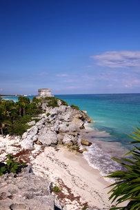 カリブ海 メキシコ Tulum遺跡の写真素材 [FYI00177488]