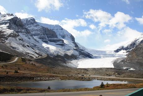 カナダコロンビア大氷原の写真素材 [FYI00177502]