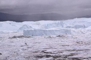 イルリサット アイスフィヨルド グリーンランドの写真素材 [FYI00177602]