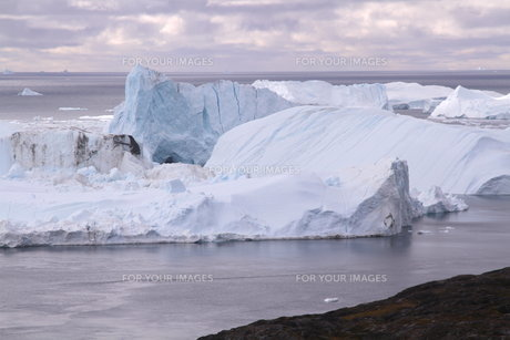 イルリサット アイスフィヨルド グリーンランドの写真素材 [FYI00177606]
