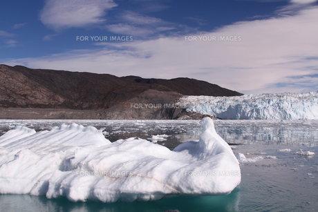 氷河 エキ グリーンランドの写真素材 [FYI00177607]