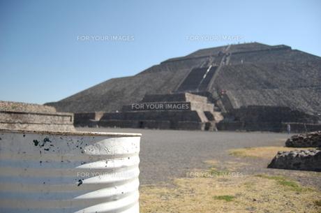 太陽のピラミッドの写真素材 [FYI00177885]