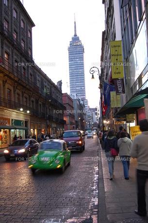 メキシコシティの通りの写真素材 [FYI00177923]