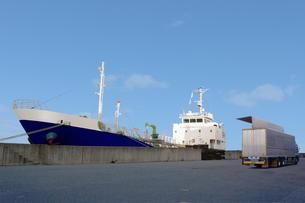 貨物船の写真素材 [FYI00178233]