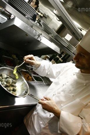 イタリアの料理人の写真素材 [FYI00178691]