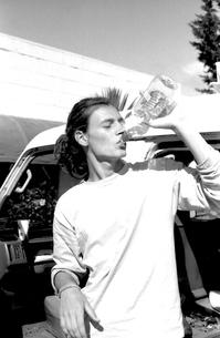 水を飲む人の写真素材 [FYI00178717]