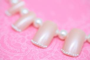 ピンクのネイルチップの写真素材 [FYI00179352]