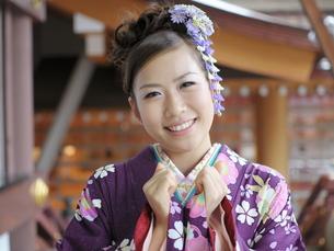 若い和装の女の子の写真素材 [FYI00179918]