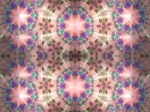ピンク花 万華鏡の写真素材 [FYI00180452]
