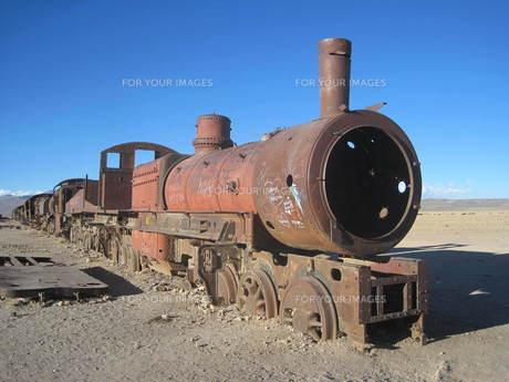 ボリビア:列車の墓場の写真素材 [FYI00180806]