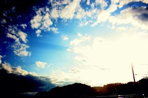 空と雲と光の素材 [FYI00180867]