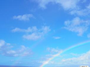 青空と虹の写真素材 [FYI00180981]