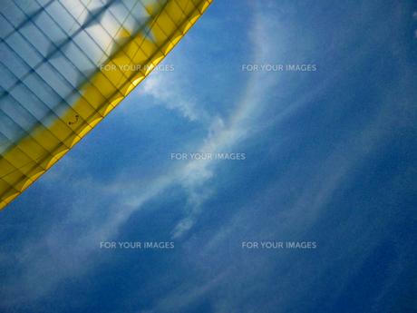 パラグライダーの写真素材 [FYI00181709]