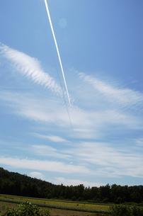 飛行機雲の写真素材 [FYI00182143]