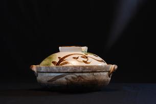 土鍋の写真素材 [FYI00185678]