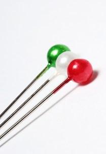 イタリアカラーのまち針の写真素材 [FYI00186014]