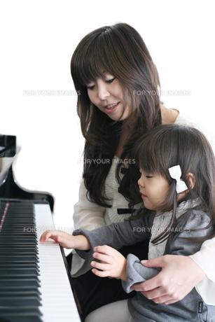 ピアノ教室 自宅の写真素材 [FYI00186456]