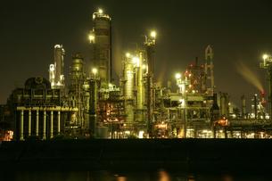 四日市の工業地帯の写真素材 [FYI00186480]