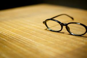 メガネのある風景の写真素材 [FYI00186552]