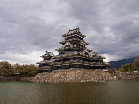 松本城の写真素材 [FYI00186705]