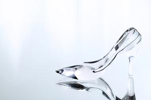 ガラスの靴の写真素材 [FYI00186858]