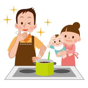 料理をする男性と家族の写真素材 [FYI00187678]