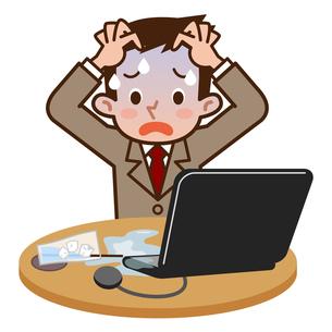 PCに飲み物をこぼして慌てる男性の写真素材 [FYI00187780]