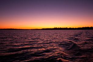 Swan Riverでの夕焼けの写真素材 [FYI00187948]
