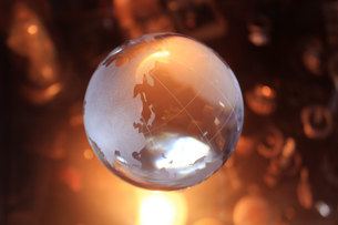 地球 クリスタルの写真素材 [FYI00188372]