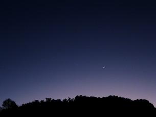 夜空の稜線の写真素材 [FYI00188539]