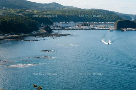 ウトロの海の写真素材 [FYI00188981]